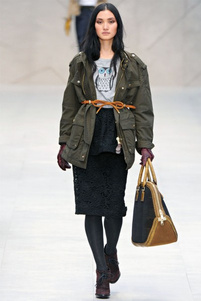 burberry22 400x600 Burberry Fall 2012 | London Fashion Week
