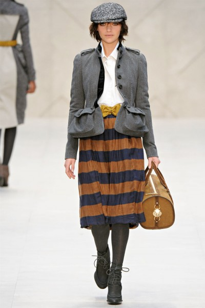burberry3 400x600 Burberry Fall 2012 | London Fashion Week