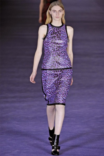 christopher kane21 400x600 Christopher Kane Fall 2012 | London Fashion Week