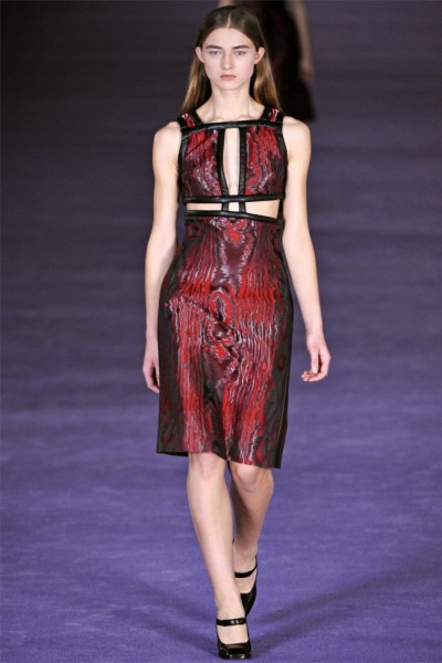 christopher kane23 400x600 Christopher Kane Fall 2012 | London Fashion Week