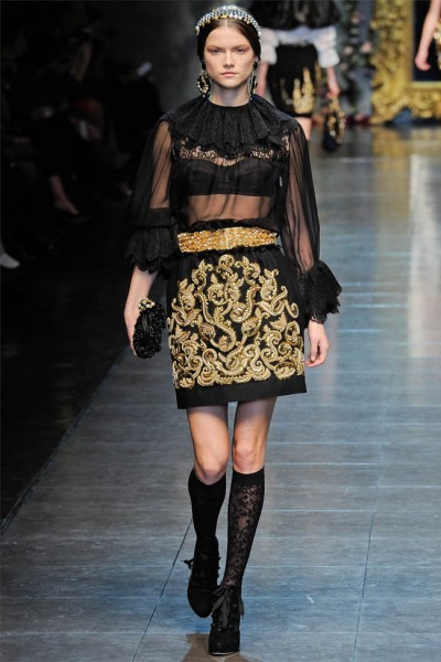 dolce gabbana13 400x600 Dolce & Gabbana Fall 2012 | Milan Fashion Week