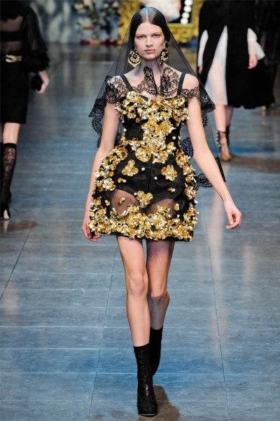 dolce gabbana15 400x600 Dolce & Gabbana Fall 2012 | Milan Fashion Week