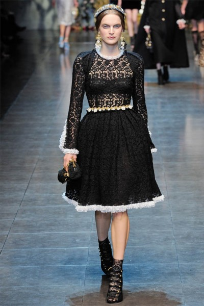 dolce gabbana30 400x600 Dolce & Gabbana Fall 2012 | Milan Fashion Week