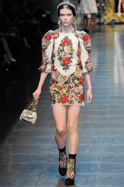 dolce gabbana36 400x600 Dolce & Gabbana Fall 2012 | Milan Fashion Week