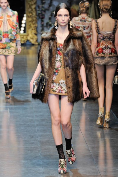 dolce gabbana40 400x600 Dolce & Gabbana Fall 2012 | Milan Fashion Week