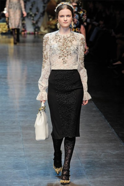 dolce gabbana45 400x600 Dolce & Gabbana Fall 2012 | Milan Fashion Week