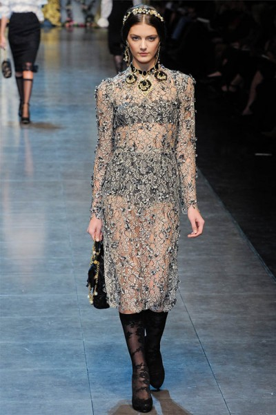 dolce gabbana47 400x600 Dolce & Gabbana Fall 2012 | Milan Fashion Week