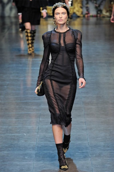 dolce gabbana56 400x600 Dolce & Gabbana Fall 2012 | Milan Fashion Week