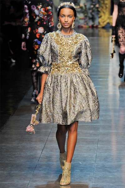 dolce gabbana71 400x600 Dolce & Gabbana Fall 2012 | Milan Fashion Week