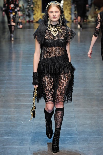 dolce gabbana72 400x600 Dolce & Gabbana Fall 2012 | Milan Fashion Week