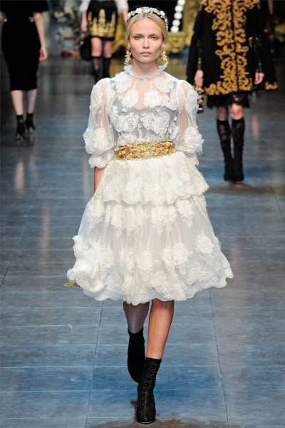 dolce gabbana8 400x600 Dolce & Gabbana Fall 2012 | Milan Fashion Week