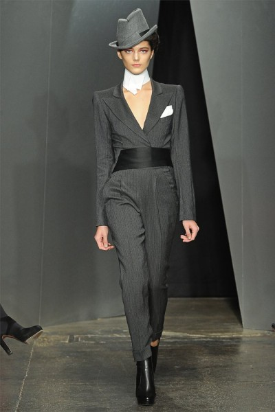 donna karan3 400x600 Donna Karan Fall 2012 | New York Fashion Week