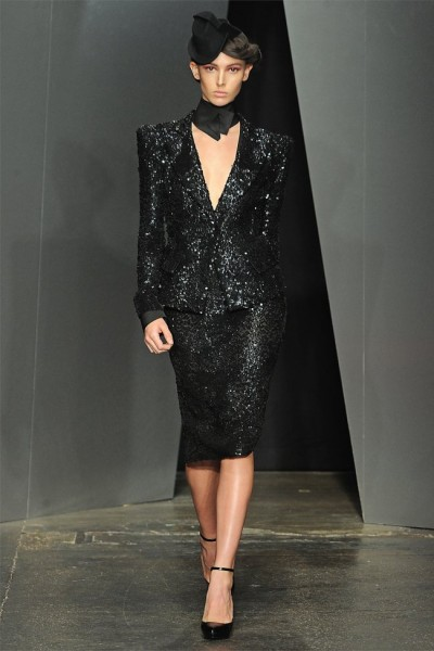 donna karan30 400x600 Donna Karan Fall 2012 | New York Fashion Week