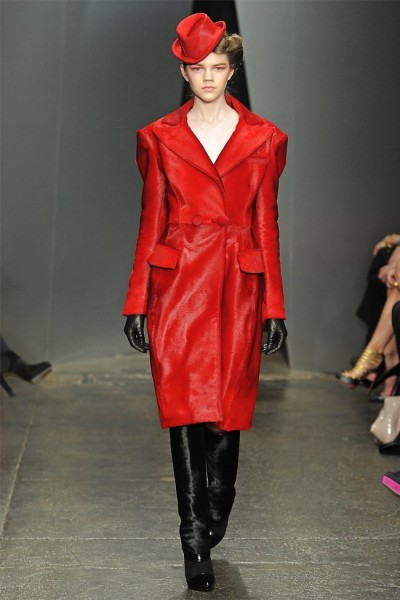 donna karan6 400x600 Donna Karan Fall 2012 | New York Fashion Week