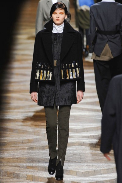 dries van noten14 400x600 Dries Van Noten Fall 2012 | Paris Fashion Week