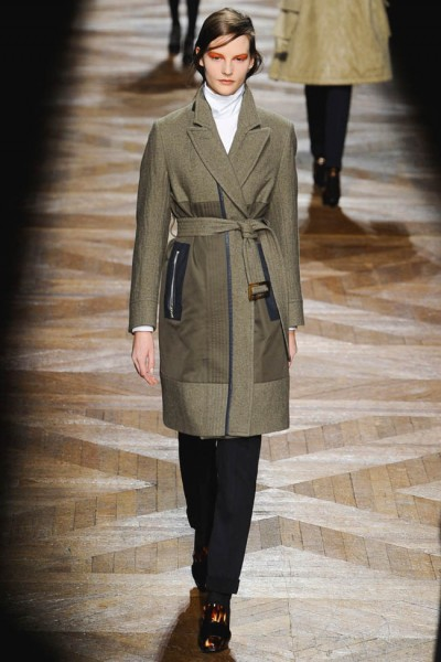 dries van noten15 400x600 Dries Van Noten Fall 2012 | Paris Fashion Week