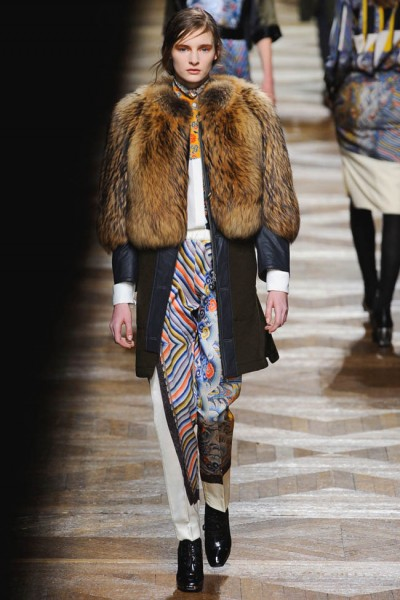 dries van noten26 400x600 Dries Van Noten Fall 2012 | Paris Fashion Week