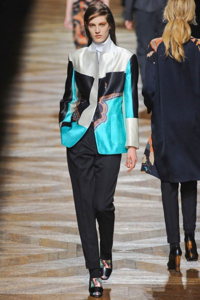 dries van noten47 400x600 Dries Van Noten Fall 2012 | Paris Fashion Week