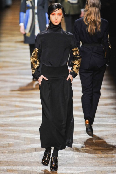 dries van noten8 400x600 Dries Van Noten Fall 2012 | Paris Fashion Week