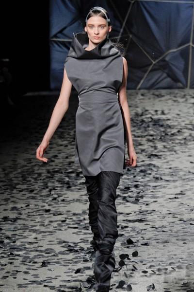 Gareth Pugh Fall 2012 | Paris Fashion Week
