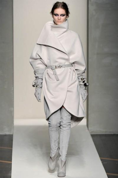 брендовое джинсовое платье