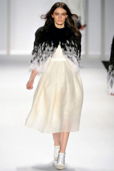 j mendel7 400x600 J. Mendel Fall 2012 | New York Fashion Week
