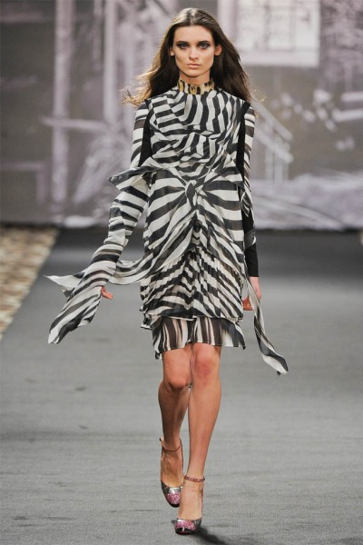 just cavalli1 400x600 Just Cavalli Fall 2012 | Milan Fashion Week