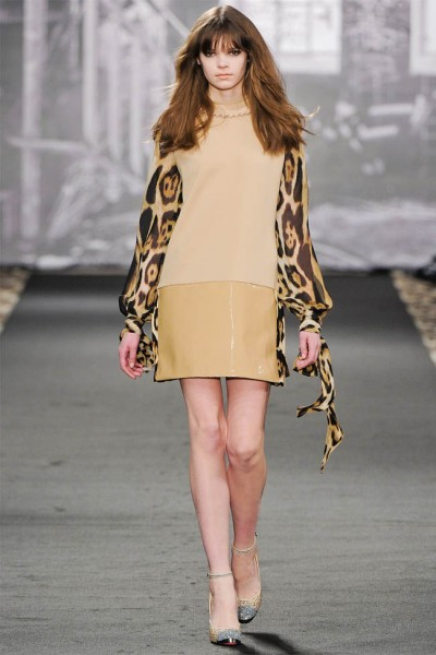 just cavalli22 400x600 Just Cavalli Fall 2012 | Milan Fashion Week
