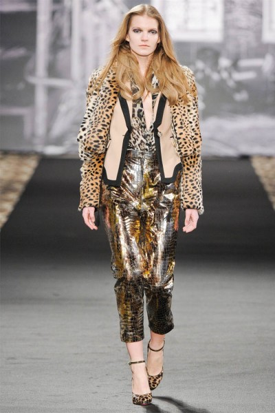 just cavalli33 400x600 Just Cavalli Fall 2012 | Milan Fashion Week