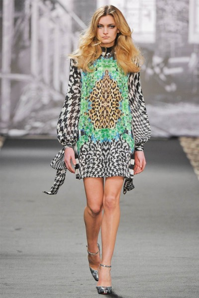 just cavalli6 400x600 Just Cavalli Fall 2012 | Milan Fashion Week
