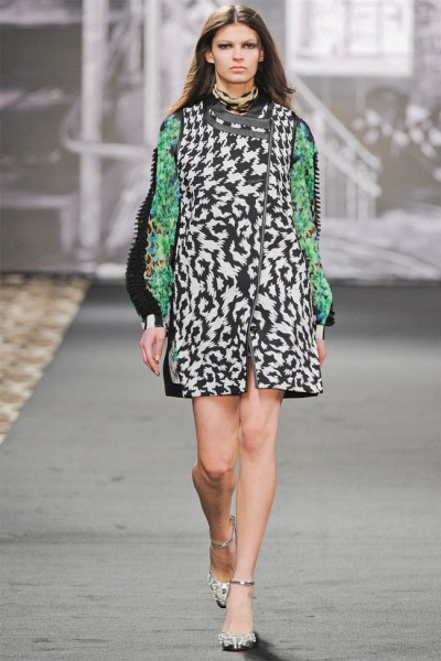 just cavalli7 400x600 Just Cavalli Fall 2012 | Milan Fashion Week