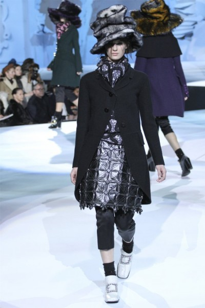 marc jacobs2 400x600 Marc Jacobs Fall 2012 | New York Fashion Week
