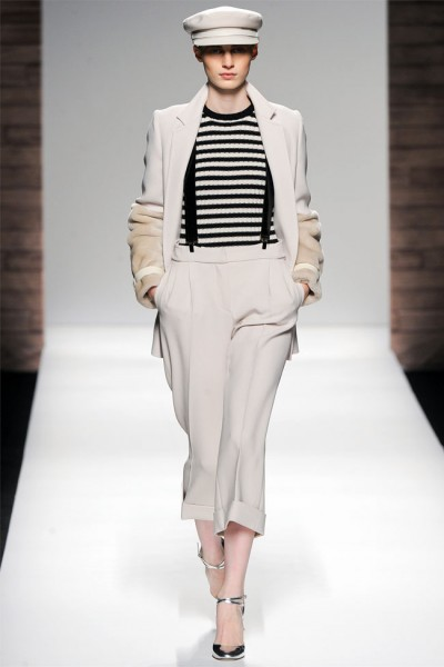 maxmara10 400x600 Max Mara Fall 2012 | Milan Fashion Week