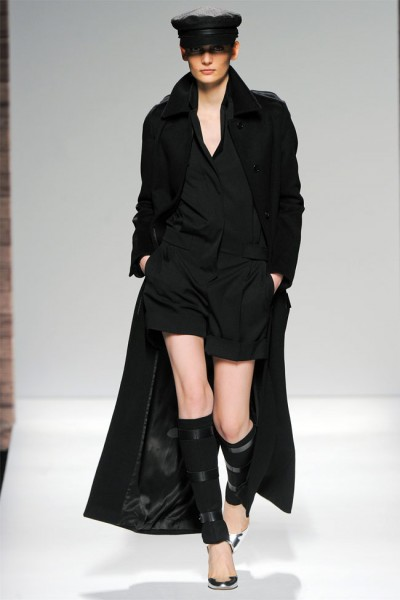 maxmara12 400x600 Max Mara Fall 2012 | Milan Fashion Week