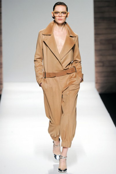 maxmara13 400x600 Max Mara Fall 2012 | Milan Fashion Week