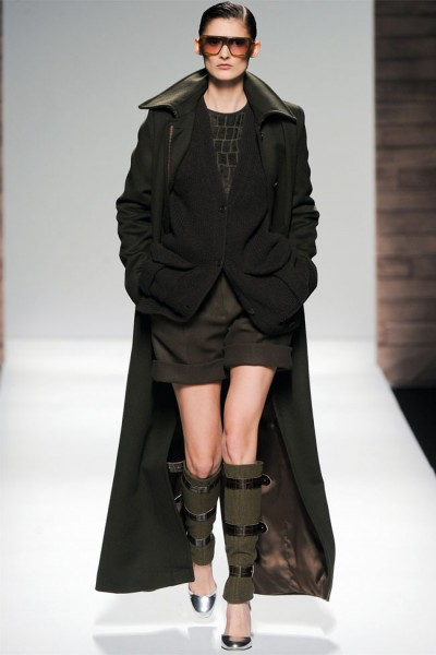 maxmara26 400x600 Max Mara Fall 2012 | Milan Fashion Week