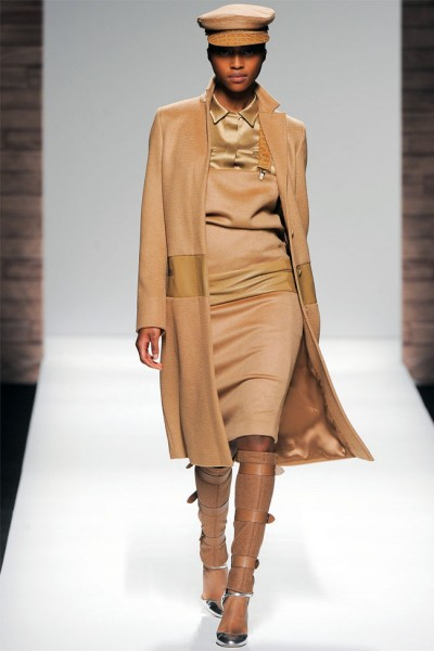 maxmara29 400x600 Max Mara Fall 2012 | Milan Fashion Week
