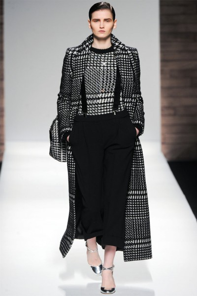 maxmara31 400x600 Max Mara Fall 2012 | Milan Fashion Week