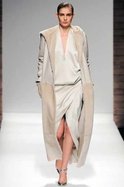 maxmara43 400x600 Max Mara Fall 2012 | Milan Fashion Week