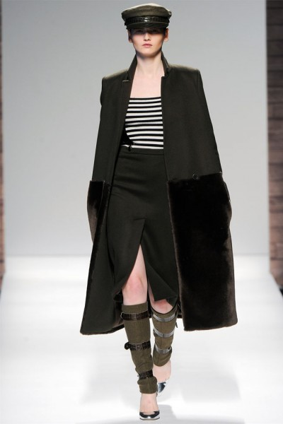 maxmara5 400x600 Max Mara Fall 2012 | Milan Fashion Week