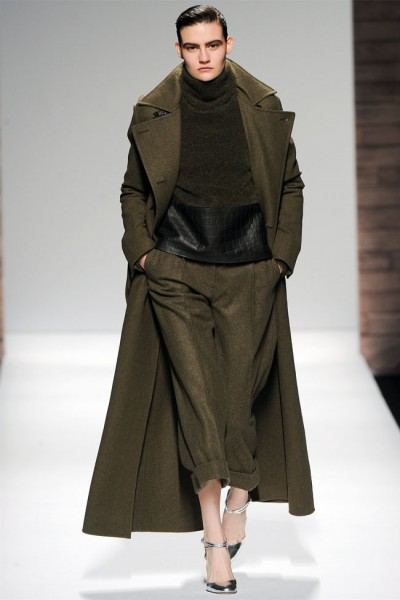 maxmara7 400x600 Max Mara Fall 2012 | Milan Fashion Week