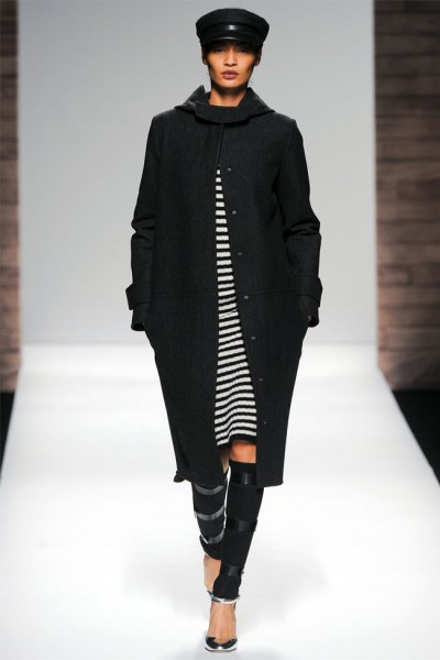 maxmara9 400x600 Max Mara Fall 2012 | Milan Fashion Week