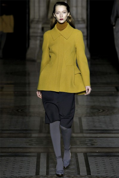 nicole farhi19 400x600 Nicole Farhi Fall 2012 | London Fashion Week