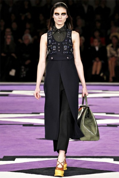 prada16 400x600 Prada Fall 2012 | Milan Fashion Week
