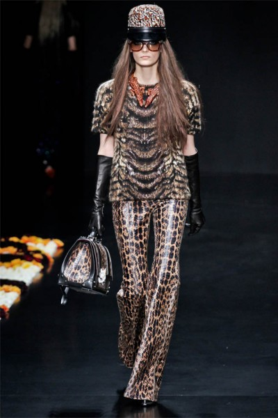 roberto cavalli16 400x600 Roberto Cavalli Fall 2012 | Milan Fashion Week