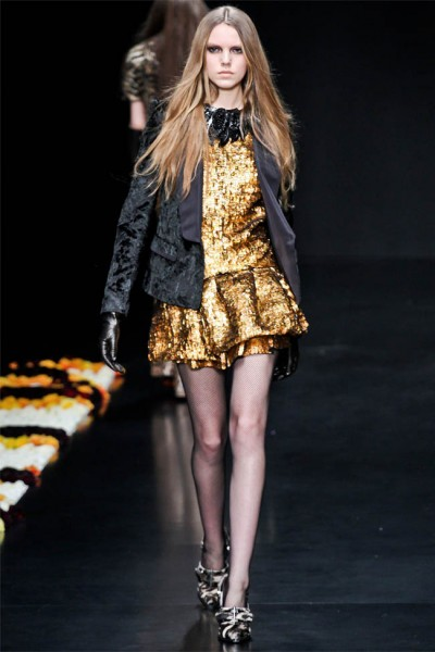 roberto cavalli21 400x600 Roberto Cavalli Fall 2012 | Milan Fashion Week