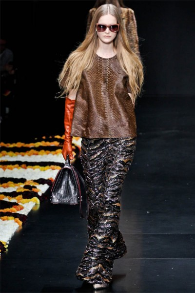 roberto cavalli30 400x600 Roberto Cavalli Fall 2012 | Milan Fashion Week