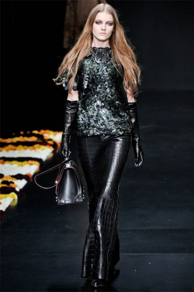 roberto cavalli32 400x600 Roberto Cavalli Fall 2012 | Milan Fashion Week
