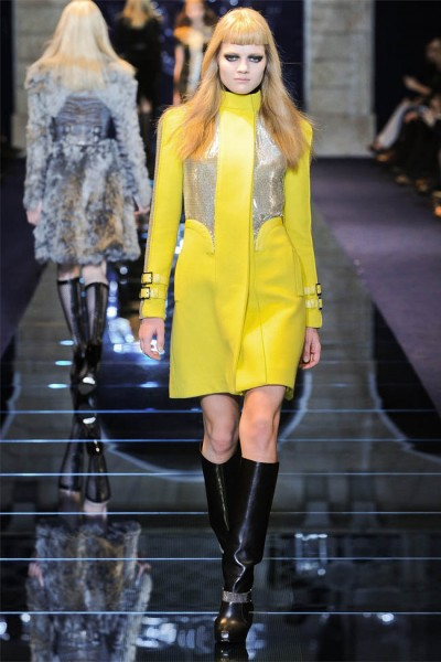 versace20 400x600 Versace Fall 2012 | Milan Fashion Week