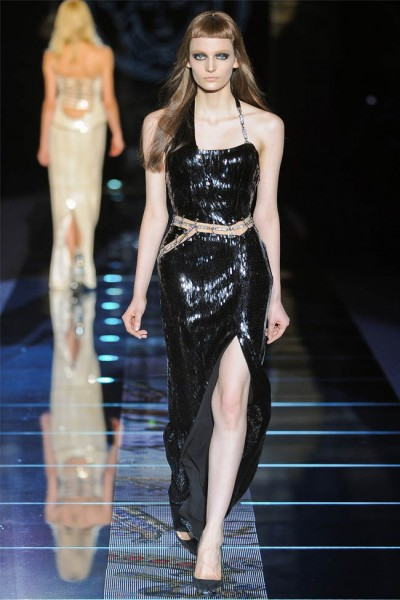 versace42 400x600 Versace Fall 2012 | Milan Fashion Week